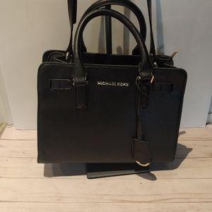🍀 Beautiful bag 🌸by Michael Kors 🍀🍀